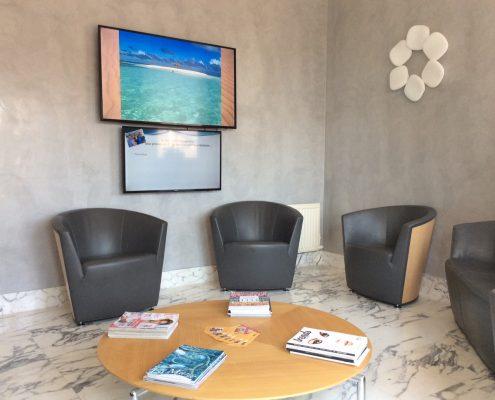 Salle d'attente des dentistes Drs Fino, Gabai, Michel, Lamure et Tibi à Beausoleil